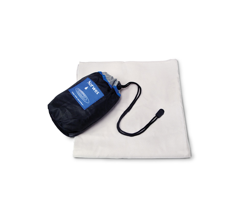 Sport Towel w/pouch Grey